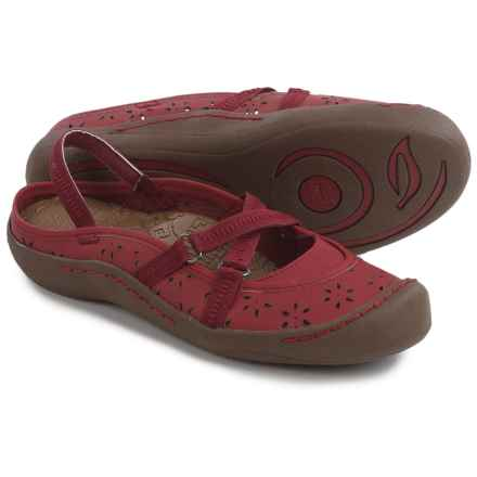 Muk Luks Erin Shoes (For Women) in Brick Red - Closeouts