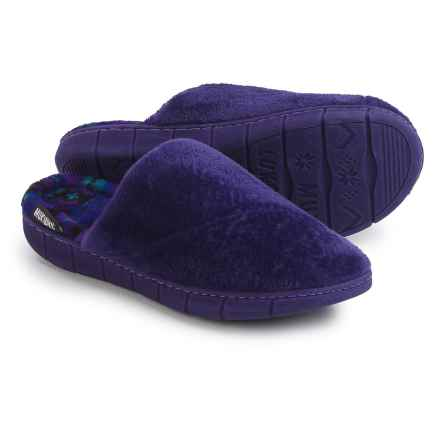 Muk Luks Gretta Slippers (For Women) in Ink - Closeouts