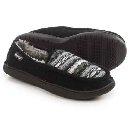 Muk Luks Henry Slippers (For Men) in Black - Closeouts