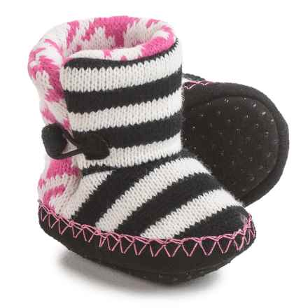 Muk Luks Houndstooth Booties (For Infants) in Black/White/Pink - Closeouts