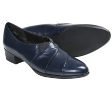 Munro American Alison Shoes - Leather (For Women) in Navy - Closeouts