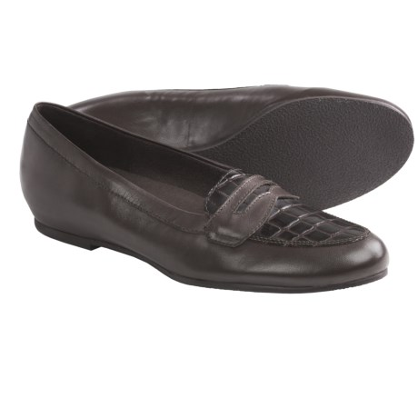 Munro American Carrie Penny Loafer Shoes (For Women) in Dark Brown Kid