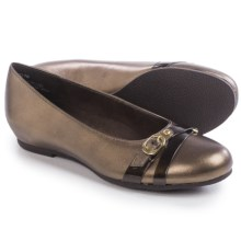 Munro American Josie Shoes - Leather, Slip-Ons (For Women) in Bronze Metallic Kid - Closeouts