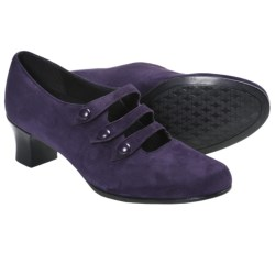 Munro American Maria Pumps - Suede (For Women) in Purple Suede