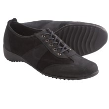 Munro American Pace Shoes - Suede (For Women) in Black Suede/Black Nubuck - Closeouts