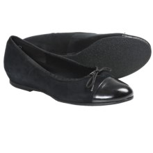 Munro American Sky Shoes - Suede (For Women) in Black Suede/Patent - Closeouts