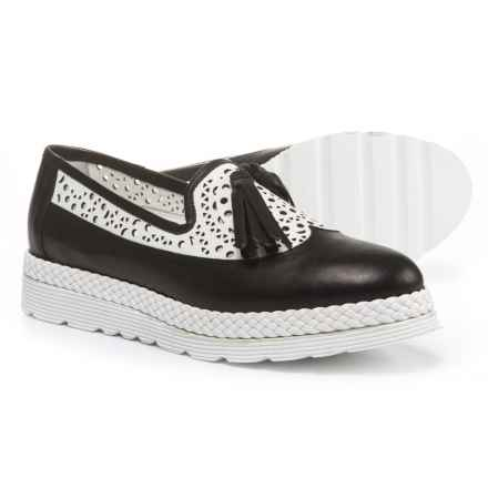 Napoleoni Made in Italy Wingtip Tassel Shoes - Leather (For Women) in Black/