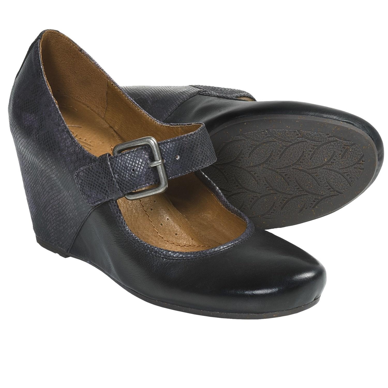 Naya Jacinta Wedge Mary Jane Shoes (For Women) in Black