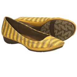 Naya River Shoes (For Women) in Yellow