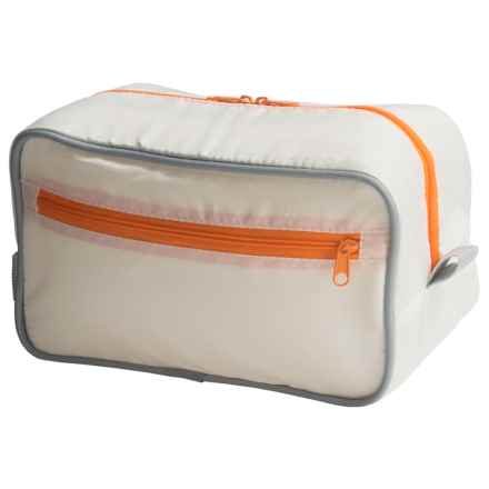 neatfreak! Travel Toiletry Bag with everfresh® in Off White - Closeouts