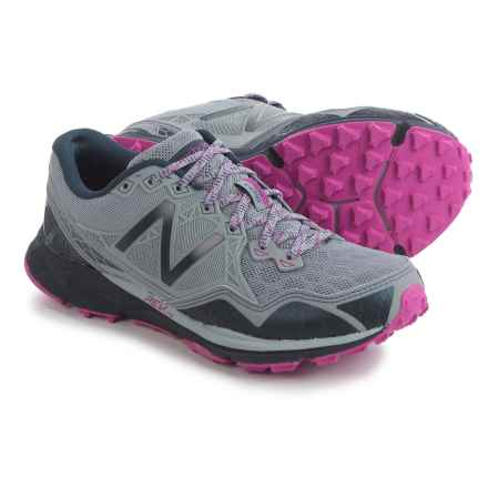 New Balance 910V3 Trail Running Shoes (For Women) in Grey/Purple - Closeouts