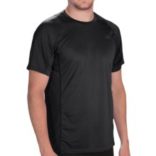 New Balance Accelerate T-Shirt - Short Sleeve (For Men) in Black - Closeouts