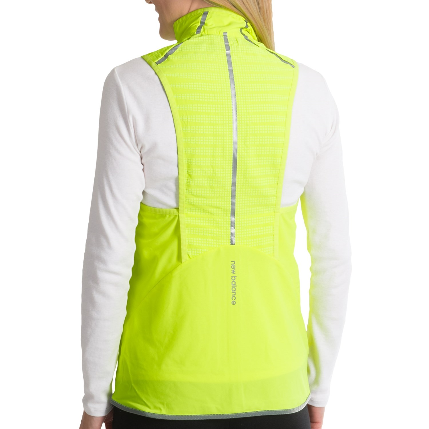 Improve your run with mens and womens running vests and tank tops. Shop from top brands such as Ronhill, Adidas, Nike and Mizuno. Quality running wear with the latest moisture wicking technology. Shop now and get free UK delivery on orders over £ Free UK .