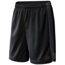New Balance Cross Run Fashion Shorts (For Men) in Black W/ Magnet - Closeouts
