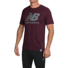 New Balance Essential Plus Logo T-Shirt - Short Sleeve (For Men) in Burgundy - Closeouts