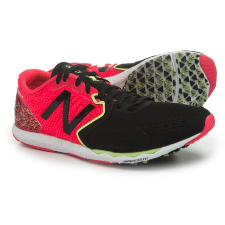 New Balance Hanzo S Running Shoes (For Women) in Pink/Black