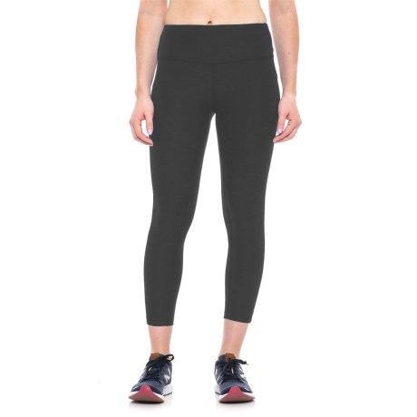New Balance High-Rise Core Cropped Leggings (For Women) in Bk Black