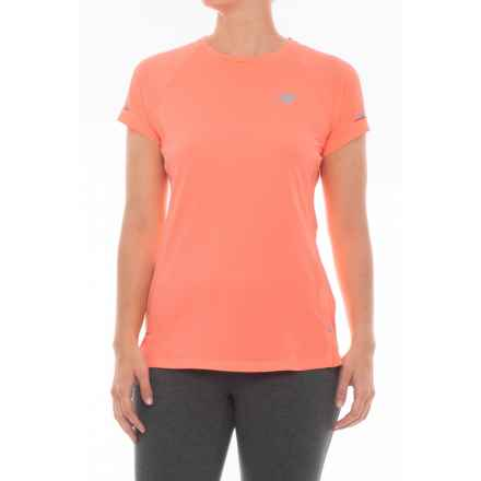 New Balance Ice 2.0 T-Shirt - Short Sleeve (For Women) in Fiji - Closeouts