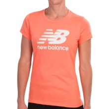 New Balance Large Logo T-Shirt - Short Sleeve (For Women) in Fiji/Stone Logo - Closeouts