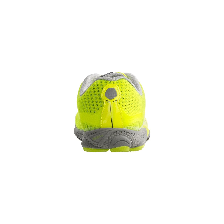 new balance minimus mens running shoes