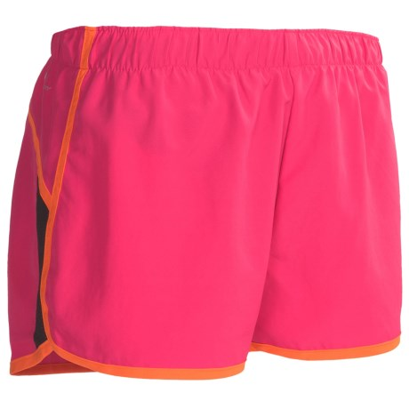 New Balance Momentum Shorts - Built-In Brief (For Women) in Rasberry/Golden Poppy/Black