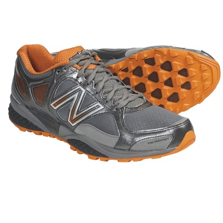 New Balance MT1110 Trail Running Shoes (For Men) in Golden Poppy