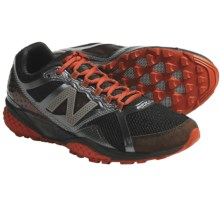 New Balance MT915 Trail Running Shoes (For Men) in Black/Red - Closeouts