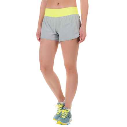 "New Balance Precision Hybrid 3"" Shorts - Built-In Brief (For Women) in Silver Mink - Closeouts"