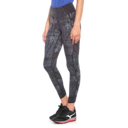 New Balance Printed Evolve Tights (For Women) in Black Multi - Closeouts