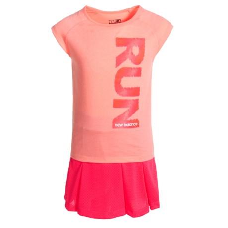 New Balance Run Graphic T-Shirt and Skort Set - Short Sleeve (For Little Girls) in Orange/Pink