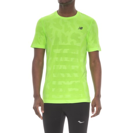 New Balance Seamless T-Shirt - Short Sleeve (For Men) in Cgh Chemical Green Heather
