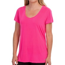 New Balance V-Neck T-Shirt - Short Sleeve (For Women) in Amp Pink - Closeouts