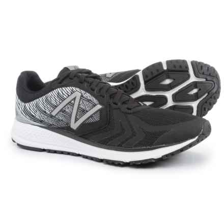 New Balance Vazee Pace V2 Running Shoes (For Men) in Black/White - Closeouts