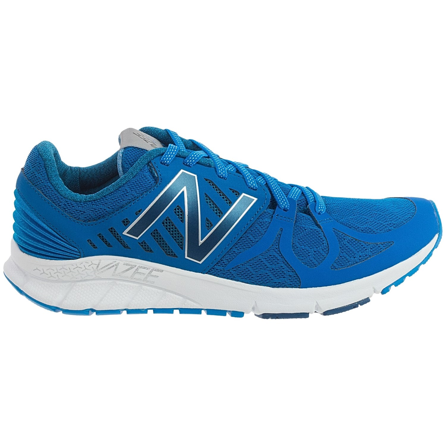 Best Type Of Shoes For Running On The Beach
