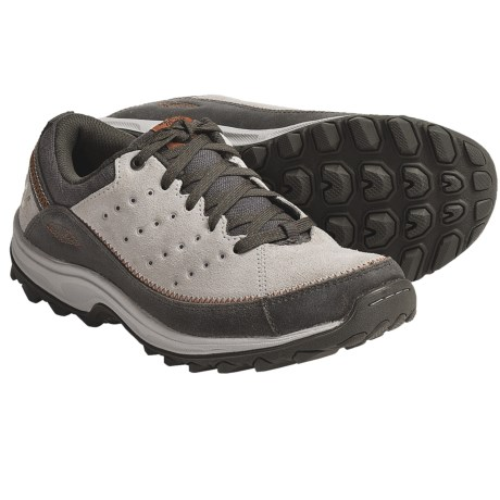 New Balance WW610 Walking Shoes (For Women) in Grey