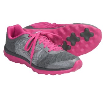 New Balance WW895 Superlight/Superfresh Walking Shoes (For Women) in Komen Pink
