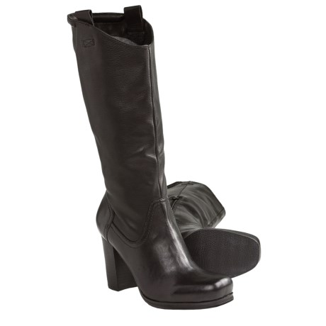 Nicole Govern Leather Boots (For Women) in Black