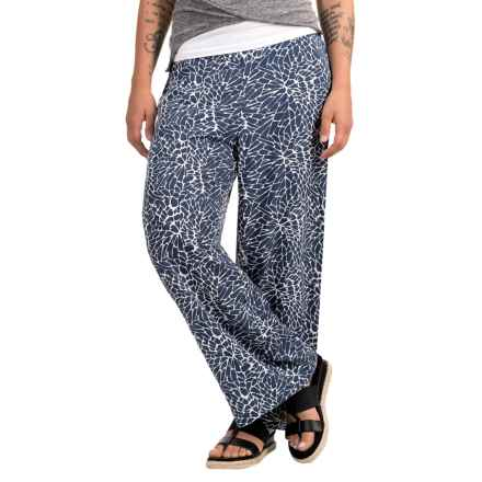 Nomadic Traders Patio Veranda Pants - Rayon (For Women) in Dahlia - Closeouts