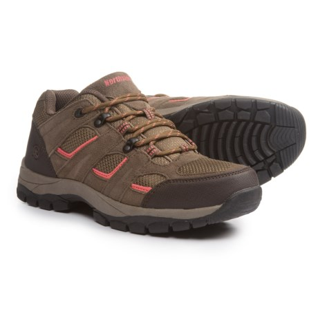 Northside Monroe Low Hiking Shoes For Women In Tan C