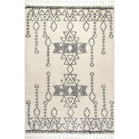 "nuLOOM Shag and Flokati Moroccan Area Rug with Tassels - 5'3""x7'7"" in Off White"