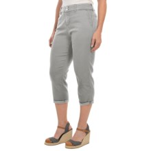 NYDJ Izzie Slick Twill Capris (For Women) in Moonstone Grey - Closeouts
