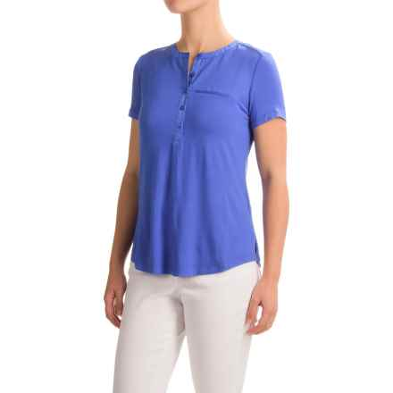 NYDJ Pleated-Back Henley Shirt - Viscose, Short Sleeve (For Women) in Ultramarine - Closeouts