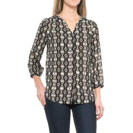 NYDJ Solid Pleated Back V-Split Neck Blouse - 3/4 Sleeve (For Women) in Ashanti Arrangement/Vintage Black - Closeouts