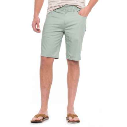 Oakley 365 Shorts (For Men) in Agave Light Heather - Closeouts