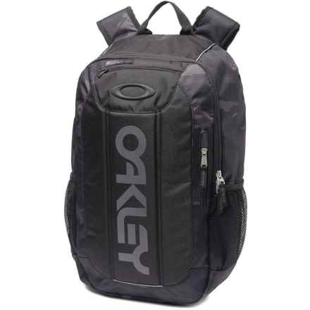 Oakley Enduro 20L Print 2.0 Backpack in Blackout - Closeouts