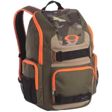 Oakley Enduro 25L Crestible Backpack in Dark Brush - Closeouts