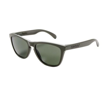Oakley Frogskin Sunglasses in Matte Moss/Dark Grey