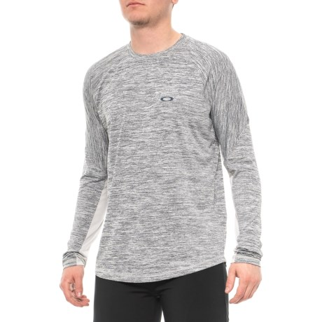 Oakley Tech Knit Shirt - Long Sleeve (For Men) in Heather Light Grey . Tap  to expand 42defcc05