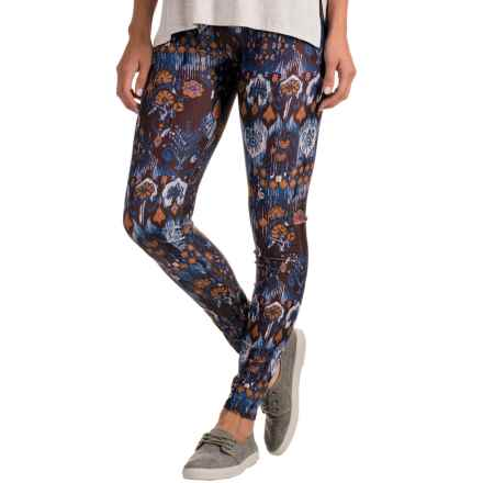 Ojai Globe Trotter Leggings (For Women) in Twilight Ikat - Closeouts