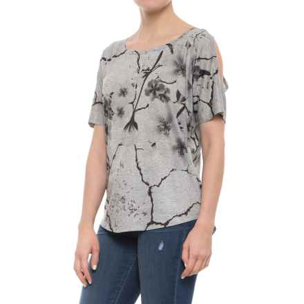 Ojai Zen Pullover Shirt - Short Sleeve (For Women) in Grey - Closeouts